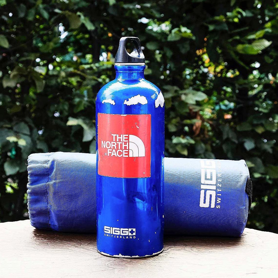 Aluminium Trinkflasche für Wanderungen in den Vogesen